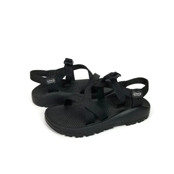 ec4aca122c35 Chaco Shoes - Old School Chaco Sandals Women Size 7